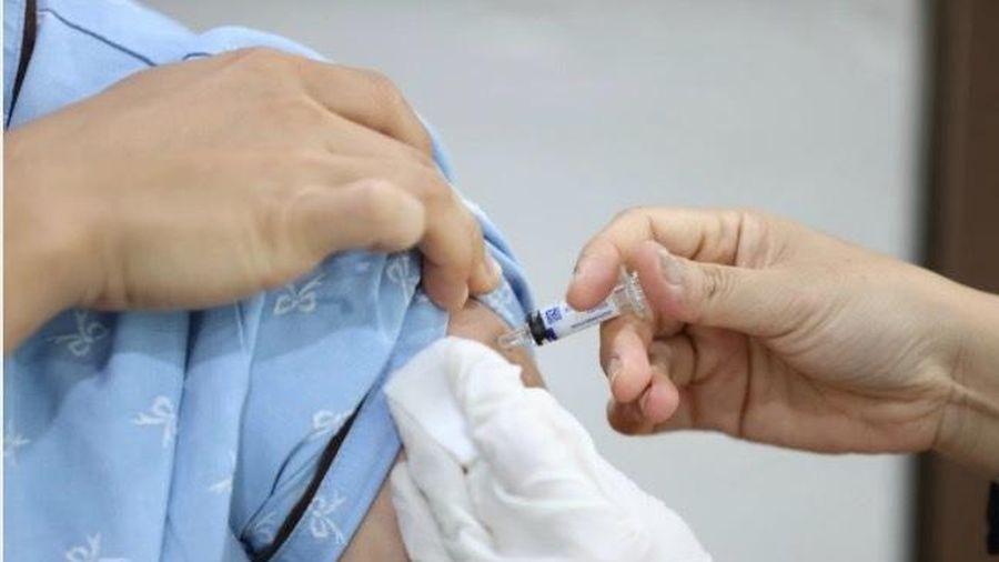 Sắp có vắc-xin Covid-19, hàng không thế giới gánh vác sứ mệnh thế kỷ