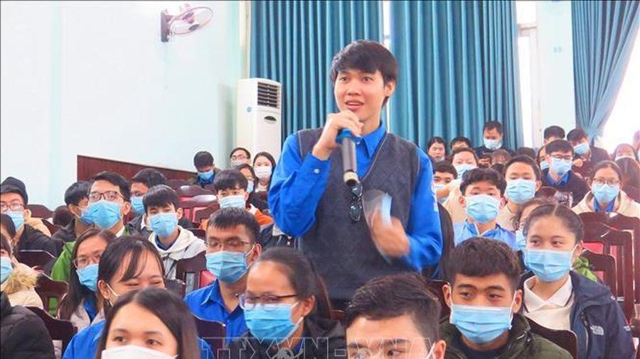 Lãnh đạo tỉnh Thừa Thiên - Huế đối thoại với sinh viên ngành Y – Dược
