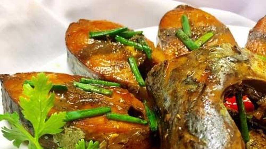 Bí quyết nấu món cá ngừ kho nước dừa thơm ngậy đưa cơm