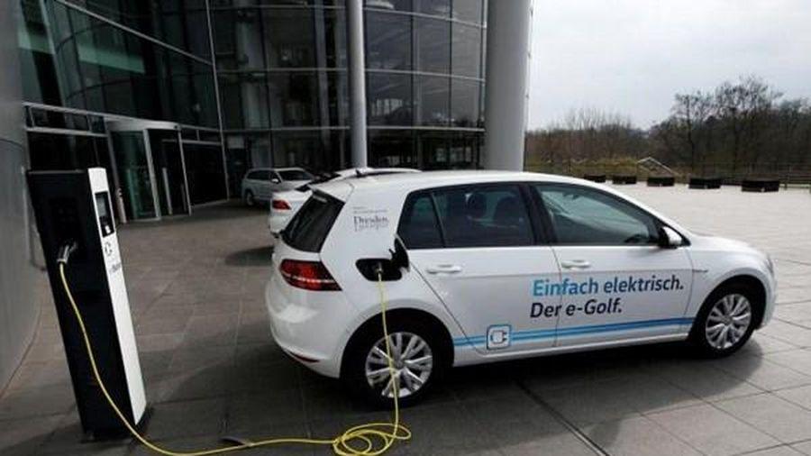 EU đặt mục tiêu có 30 triệu ô tô điện trên đường phố đến năm 2030