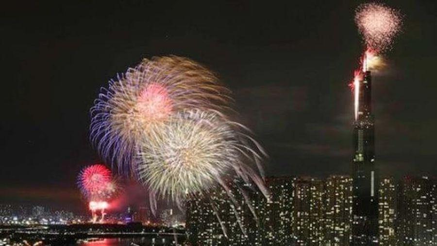 TP.HCM xin bắn pháo hoa mừng Tết Dương lịch 2021