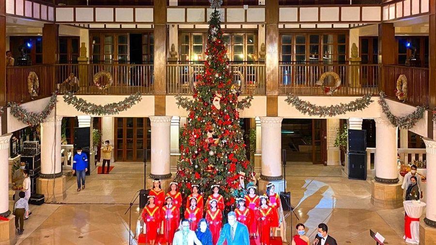 Khởi động mùa Giáng sinh an lành tại Khu nghỉ mát Furama Resort Đà Nẵng