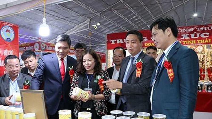 Nghệ An: Hội chợ Công Thương vùng Bắc Trung Bộ - Nghệ An thu hút trên 100 doanh nghiệp tham gia