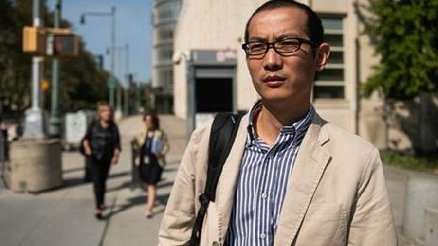 Giáo sư Trung Quốc nhận tội nói dối FBI