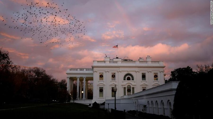 Cuộc 'di cư' hàng loạt khỏi Nhà Trắng