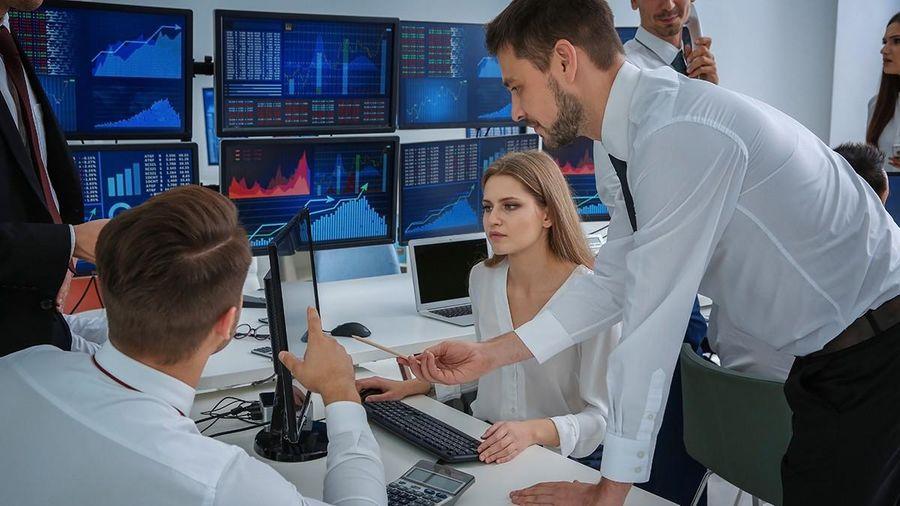 Giao dịch chứng khoán khối ngoại tuần 30/11-4/12: Tập trung mua chứng chỉ quỹ và bluechip