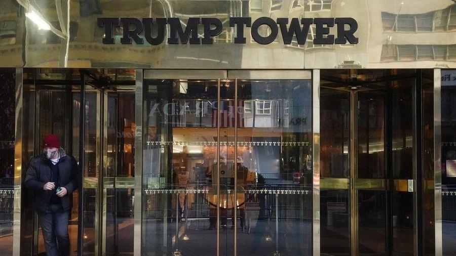 New York chấm dứt hợp đồng với Tập đoàn Trump