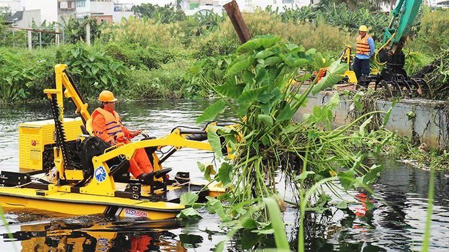 13 tỷ đồng thu gom chất thải trên sông Vàm Thuật