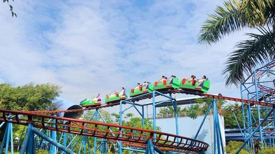 Phú Thọ: Tàu lượn siêu tốc văng khỏi đường ray tại Đảo Ngọc Xanh, 3 trẻ thương vong