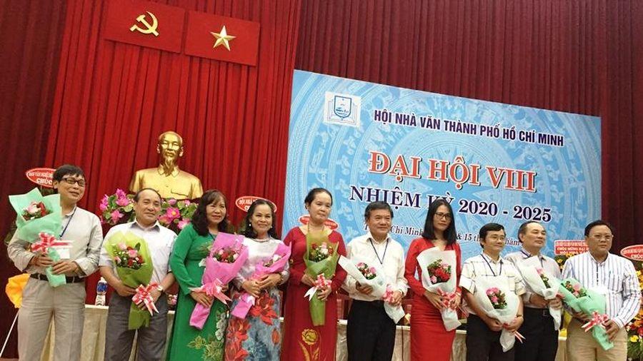 Nhà văn Bích Ngân giữ chức Chủ tịch Hội Nhà văn TP Hồ Chí Minh