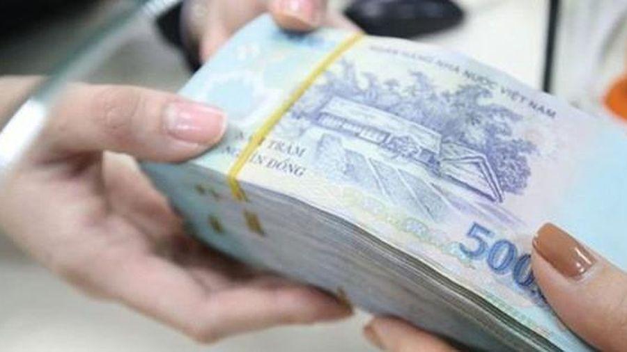 Nhờ xin làm 'Vụ phó', người phụ nữ bị lừa gần 28 tỉ đồng - Báo Người Lao  Động