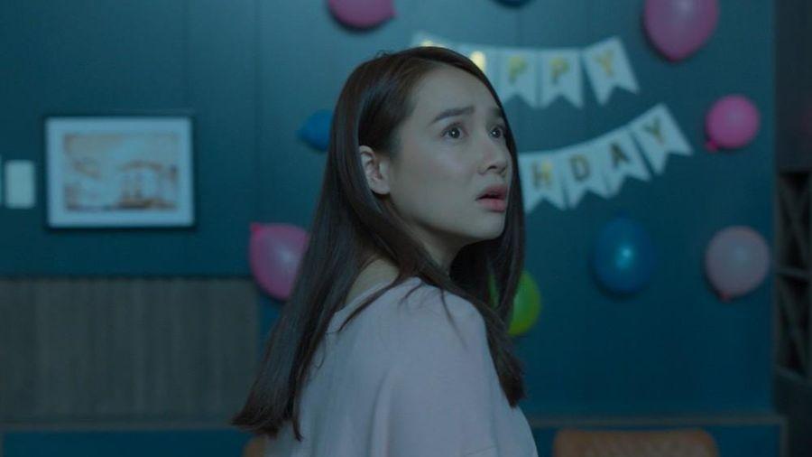 Bỏ qua sự cố òa khóc vì đến muộn, Nhã Phương vẫn ghi điểm trong trailer phim mới