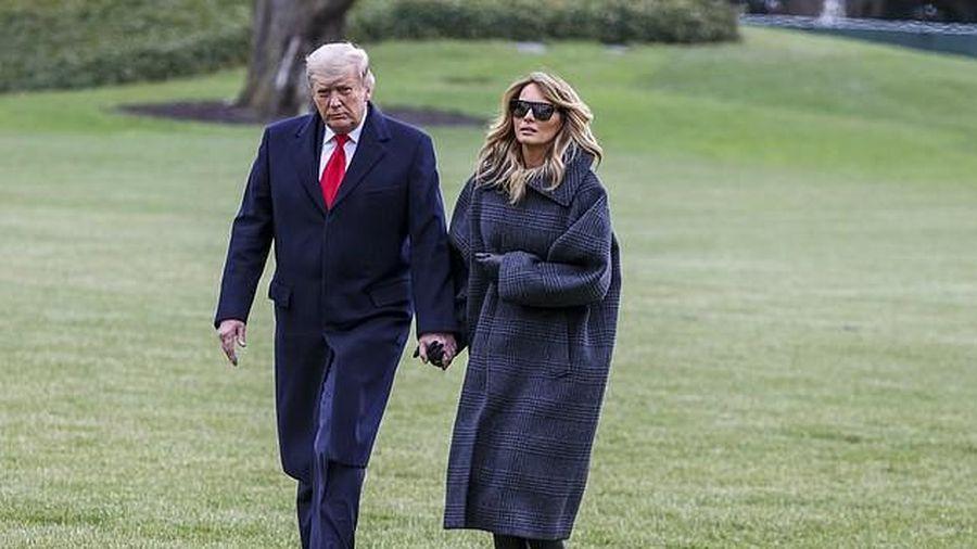 Chuẩn bị rời Nhà Trắng, bà Melania lặng lẽ dọn đồ vì sợ ông Trump nổi giận