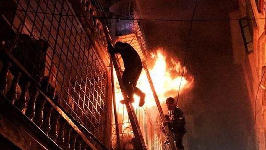 Cháy nhà ở Thái Bình, 1 nữ sinh lớp 9 tử vong