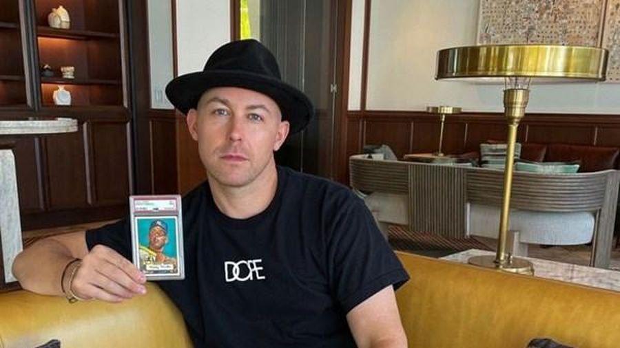 Thẻ bóng chày in hình huyền thoại Mickey Mantle có giá bán kỷ lục