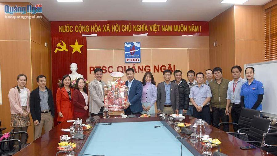 Trưởng BQL KKT Dung Quất và các KCN Quảng Ngãi thăm, chúc Tết các doanh nghiệp