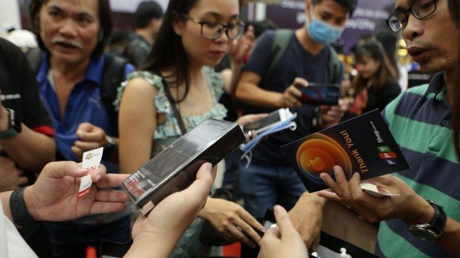 10.000 chiếc iPhone 12 Pro và 12 Pro Max lên kệ khiến thị trường náo loạn