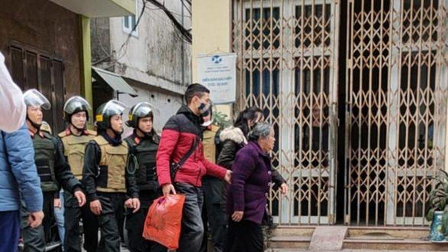 Thái Bình: Bắt lão bà 75 tuổi đi buôn ma túy