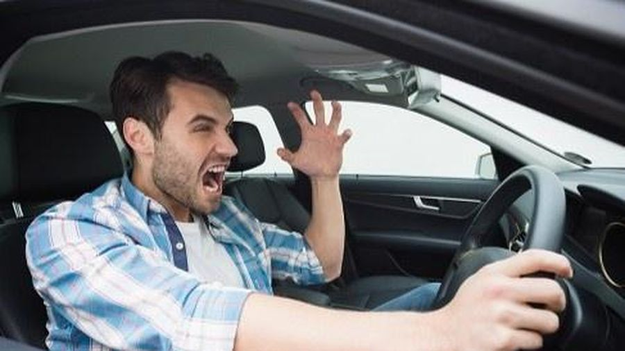 Người đàn ông thi trượt bằng lái xe 157 lần