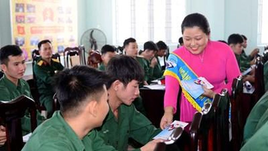 Khánh Hòa tiễn quân nhân hoàn thành nghĩa vụ quân sự trở về địa phương