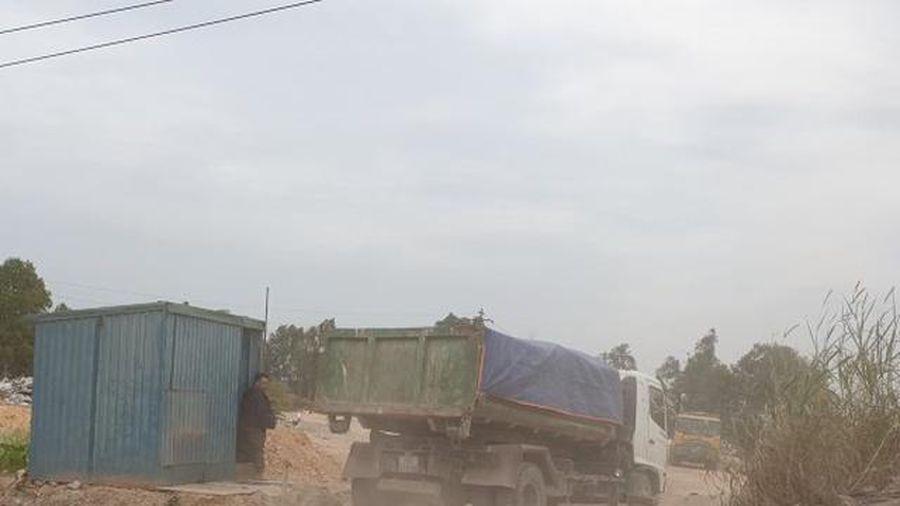 Phường Giếng Đáy - Quảng Ninh: Đổ thải mất an toàn, chính quyền 'thờ ơ'