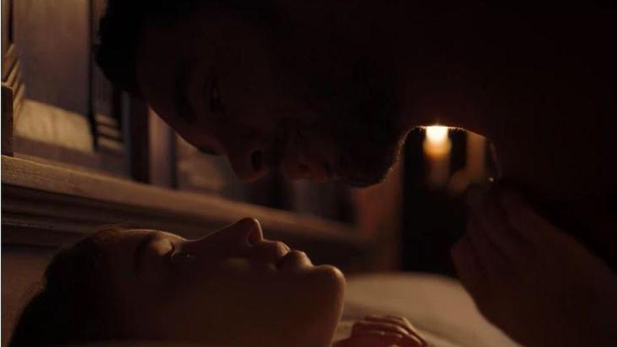 Bridgerton – phim cổ trang 18+ có cảnh 'nóng' dài 3 phút gây sốt trên Netflix