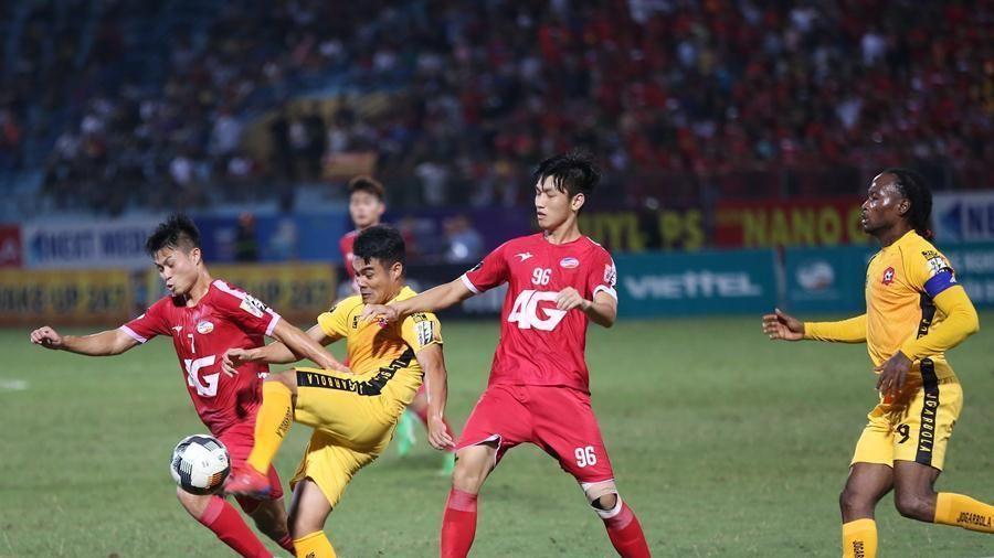 Trực tiếp Viettel vs Hải Phòng: Trương Việt Hoàng đấu trò cũ