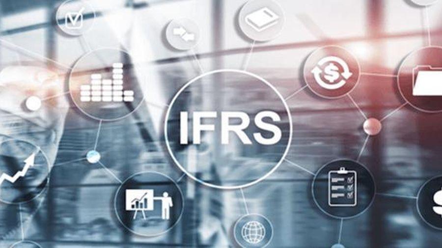Áp dụng chuẩn mực kế toán công quốc tế trong việc trình bày báo cáo tài chính công tại Việt Nam