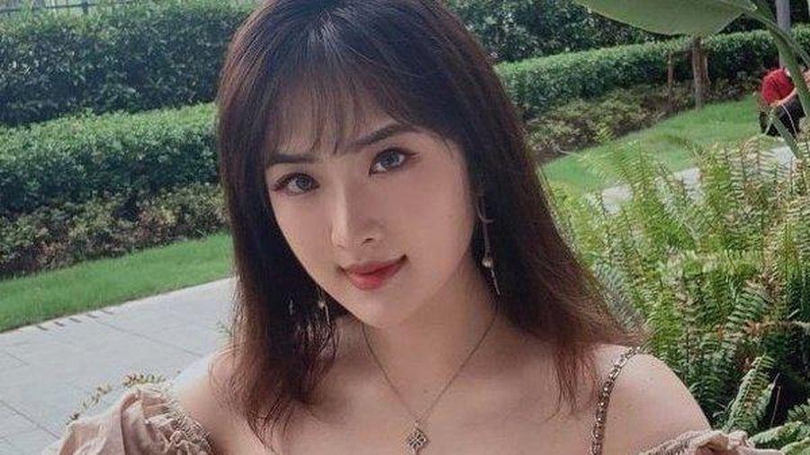 Vì sao 'công chúa Huawei' bị chê ngay khi vừa gia nhập làng giải trí?