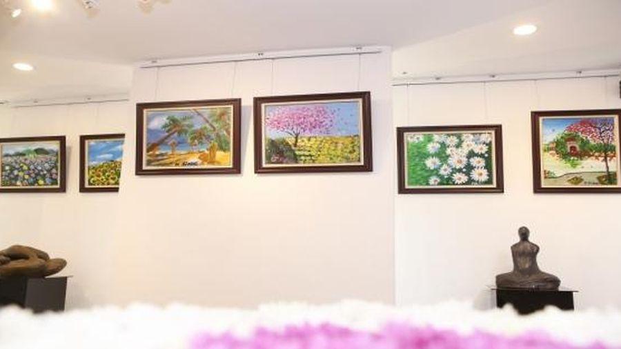 Triển lãm tranh nghệ thuật của trẻ tự kỷ: 'Sắc màu – những mảnh ghép'