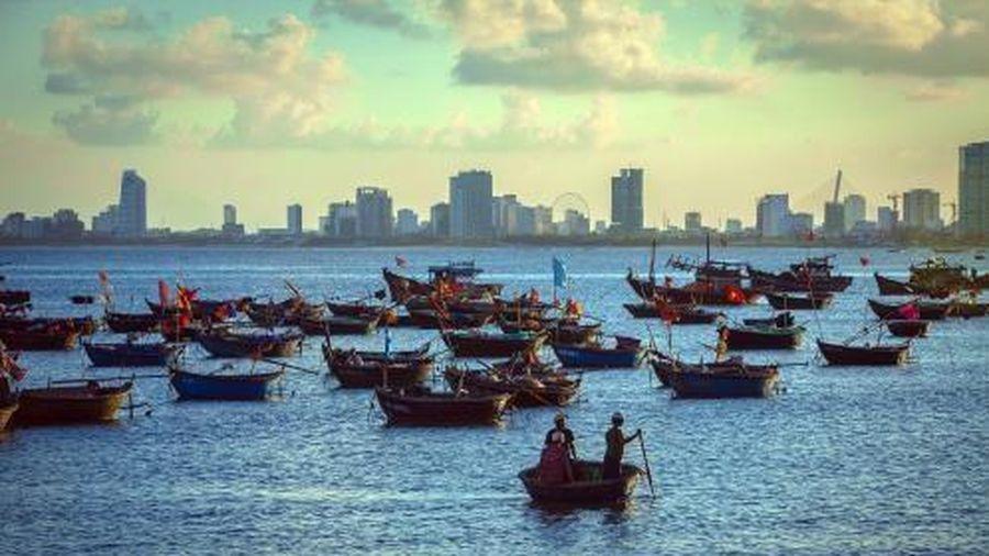 Tìm giải pháp phát triển làng chài ven biển ở Đà Nẵng