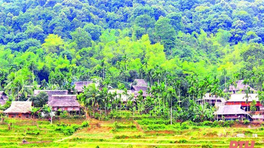 Nhà sàn truyền thống -nơi 'giữ lửa' văn hóa dân tộc Thái