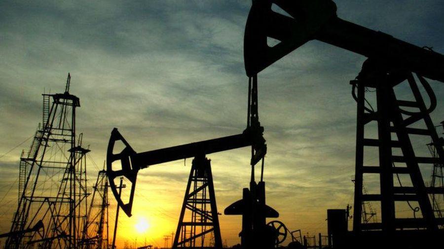 Giá dầu sụt mạnh vì nỗi lo Covid-19 ở Trung Quốc