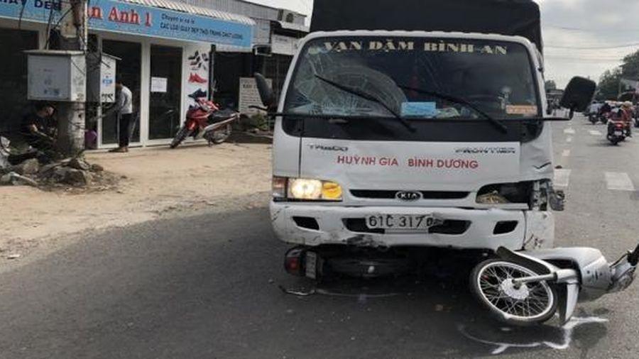 Tài xế xe tải ngủ gật gây tai nạn khiến 6 người bị thương tại An Giang