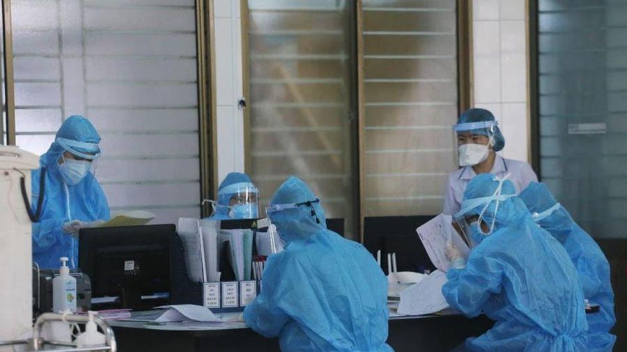 Thêm 1 ca nhập cảnh mắc COVID-19 là chuyên gia Nigeria