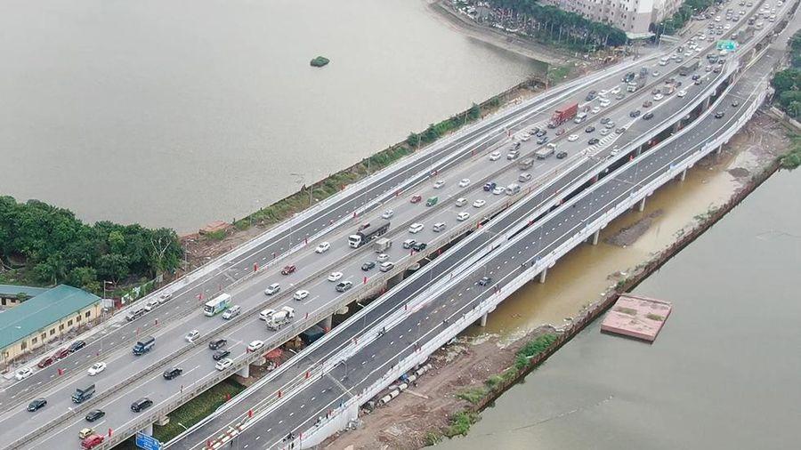 Hà Nội nỗ lực xử lý ùn tắc giao thông