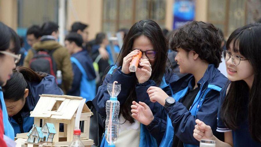 Học sinh Hà Nội hào hứng với Ngày hội STEM
