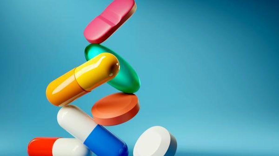 Có nên dừng thuốc ức chế hệ renin-angiotensin trong bệnh thận mạn tiến triển?
