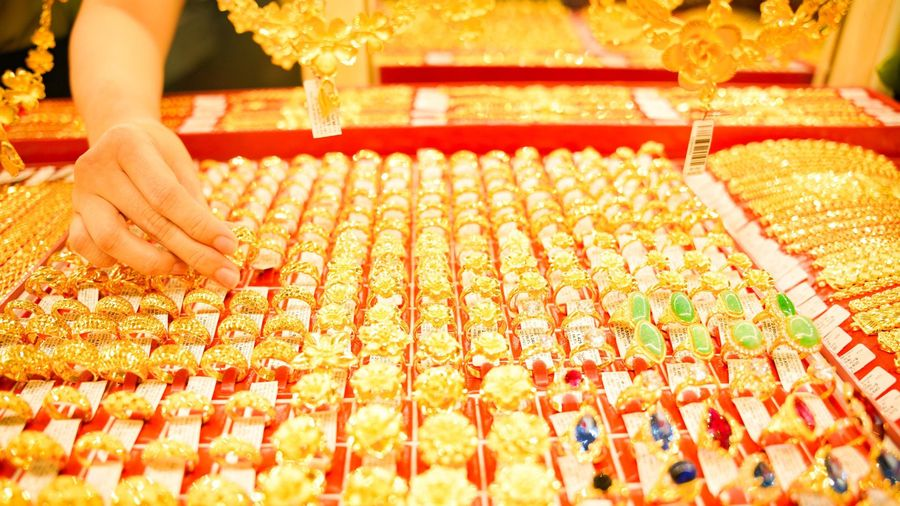Giá vàng sẽ giảm thêm sau đợt bán tháo cuối tuần?