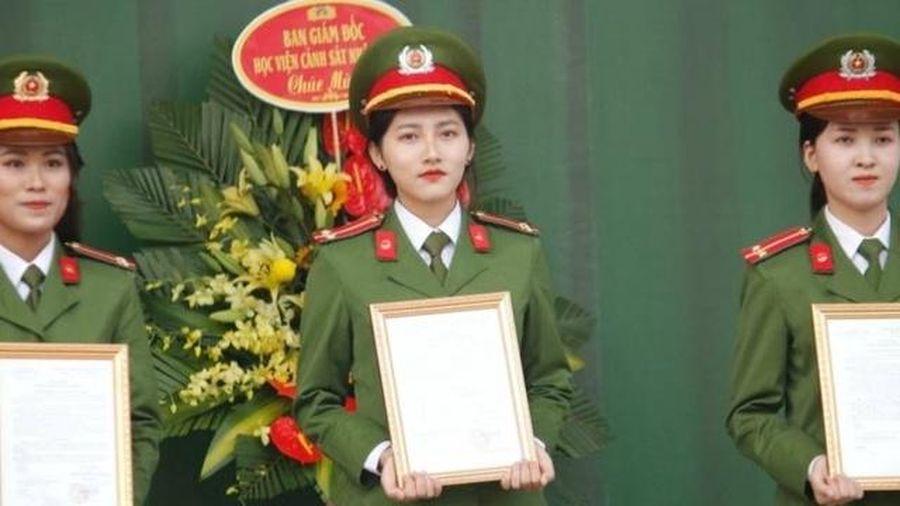 Thành tích học tập vượt trội: Nữ sinh Học viện Cảnh sát được thăng hàm vượt cấp