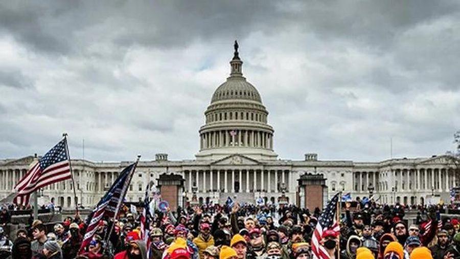 FBI điều tra khoản tài trợ nước ngoài cho những người xông vào Điện Capitol
