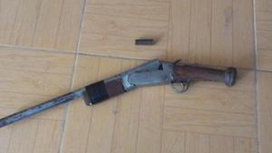 Vụ chồng trúng đạn tử vong khi giằng co súng với vợ: Luật sư nói gì?
