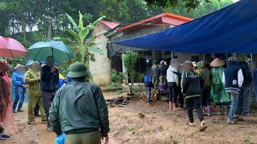 Nghi án người đàn ông sát hại 2 con nhỏ rồi tự tử khi vợ về nhà ngoại