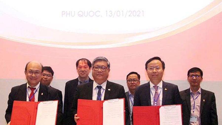 Ba trường Đại học Bách khoa hàng đầu Việt Nam ký kết hợp tác tiên phong trong hội nhập Cách mạng 4.0