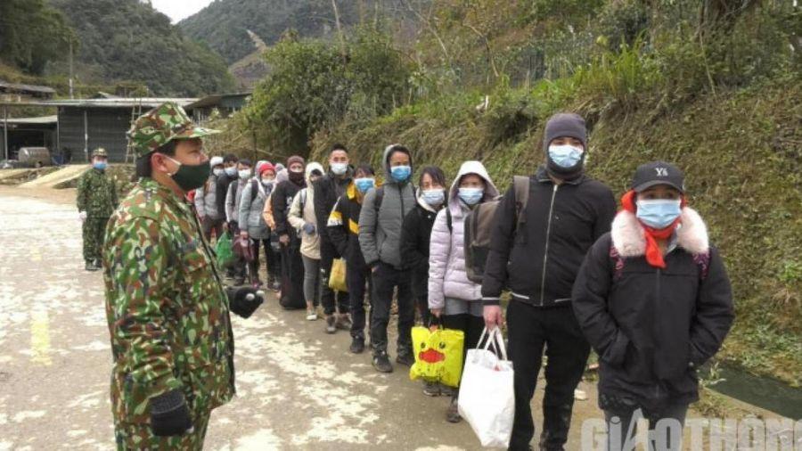 Lào Cai: Bắt giữ 35 đối tượng vượt biên lúc sáng sớm