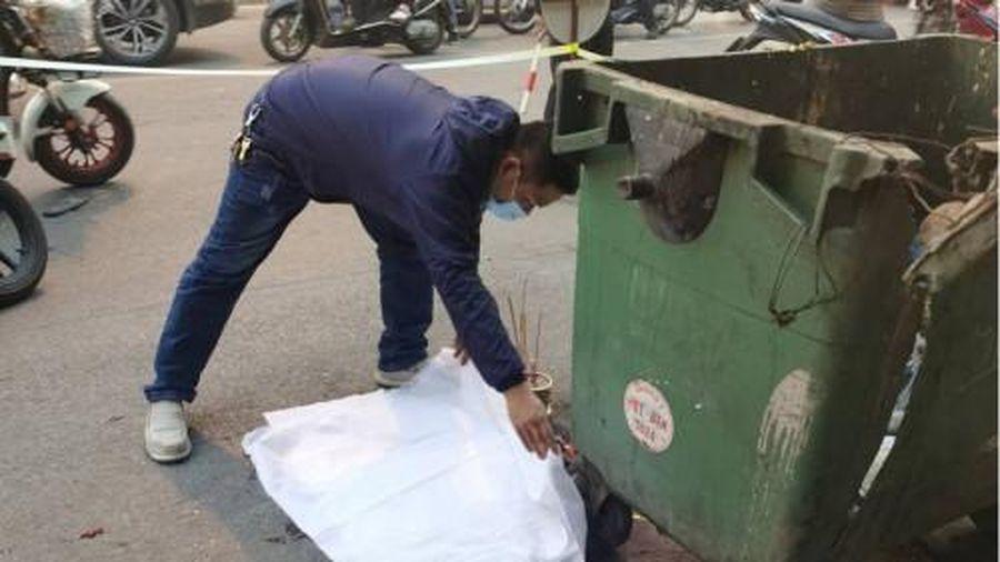 Vụ thai nhi cạnh thùng rác bị ô tô cán qua tại Hà Nội: Công an vào cuộc xác minh