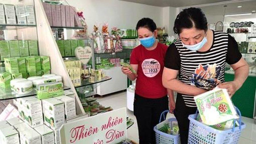 Doanh nghiệp mở siêu thị chuyên kinh doanh các sản phẩm từ dừa và sản phẩm OCOP