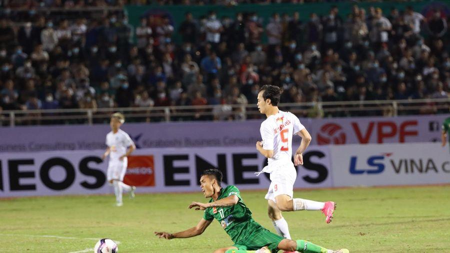 HAGL thua Sài Gòn FC, Kiatisak chỉ tiếc 1 sai lầm