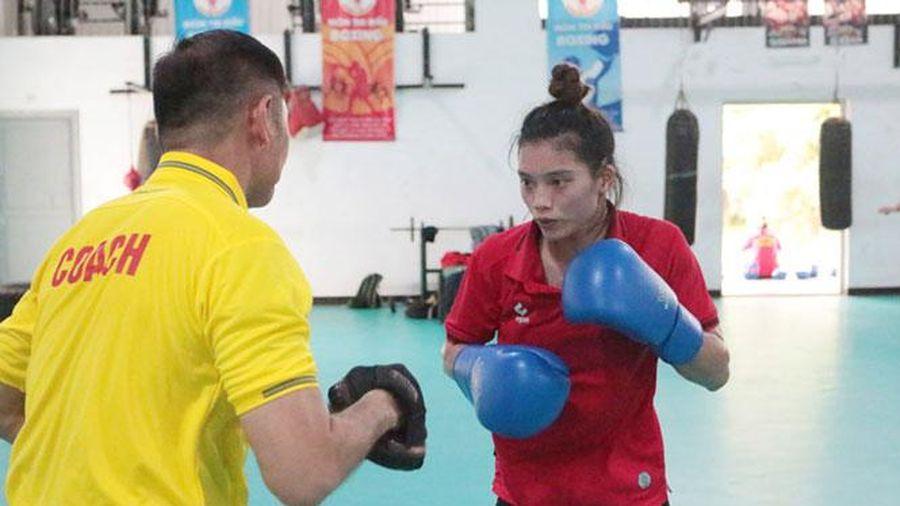 Boxing nữ Hà Nội: Nỗ lực giữ vững ngôi đầu
