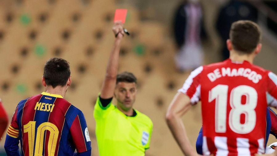 Lần đầu nhận thẻ đỏ tại Barca, Messi đối mặt án phạt rất nặng